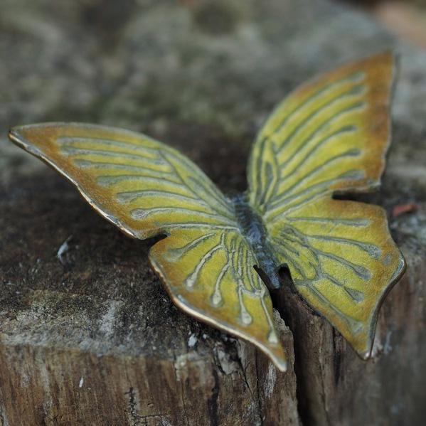 Fjäril i brons