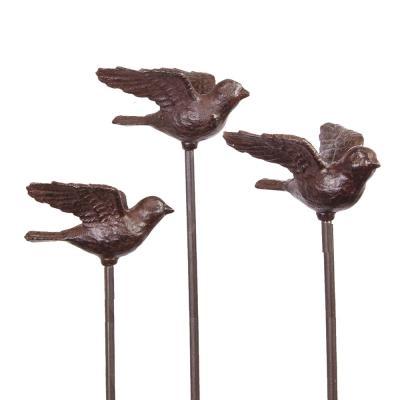 Fågel på spjut