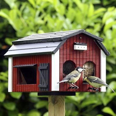 Fågelmatare i trä, Röd