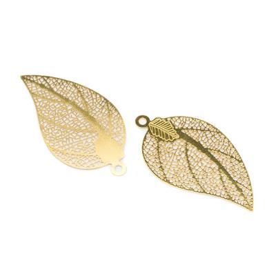 hängsmycke guld löv